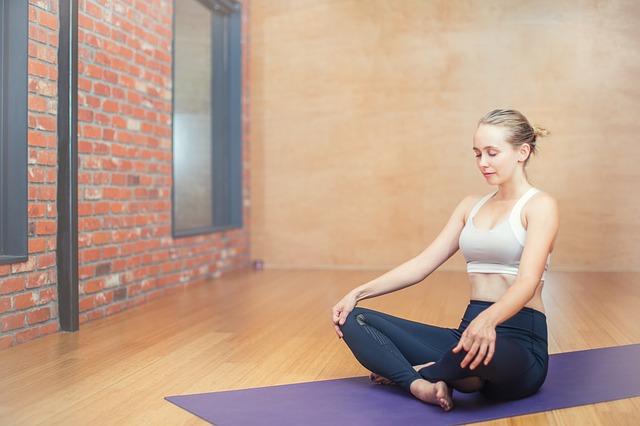 La méditation aide bien sûr à avoir l'esprit zen