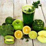 Jus vert détox - Boisson et fruits