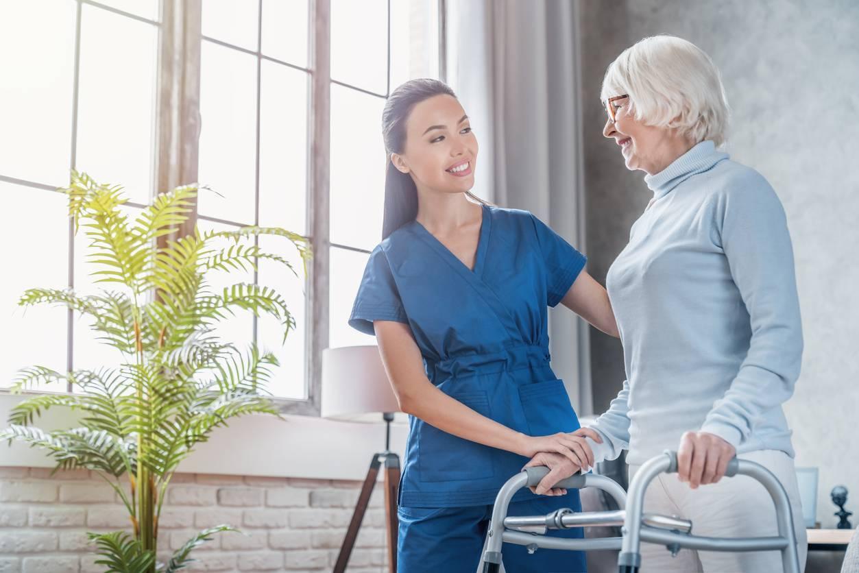 Soulager les soignants change aussi la vie de leurs patients
