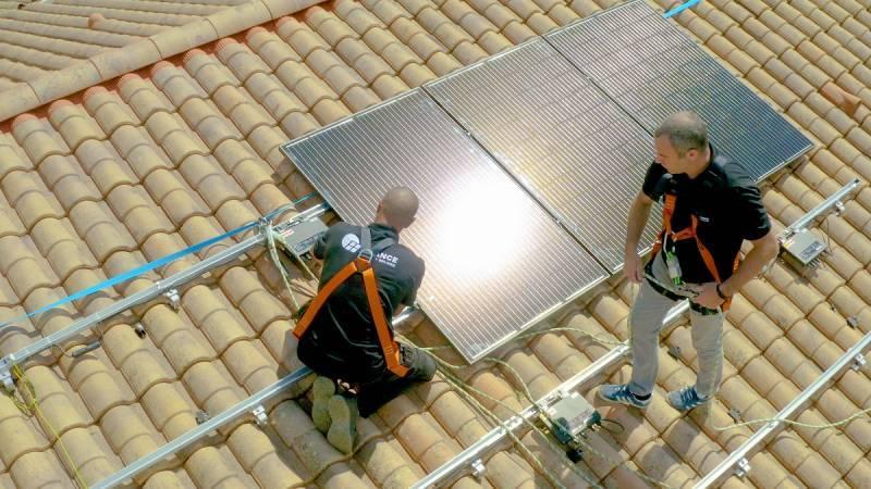 L'énergie solaire aide grandement à rendre un logement autonome