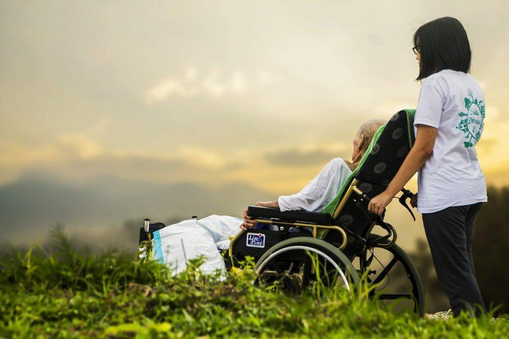 La chaise roulante fait partie des matériels de santé les plus courants