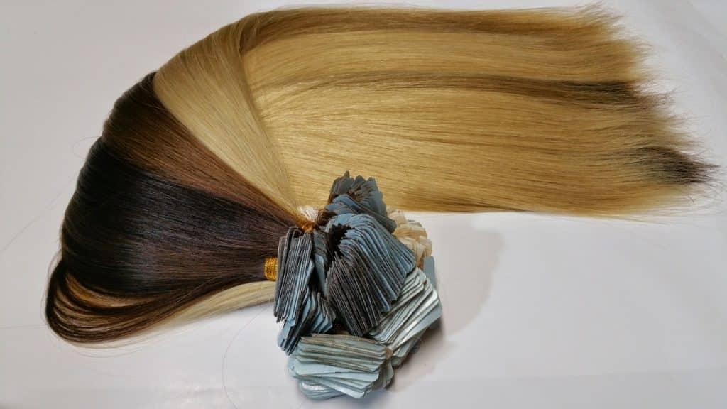 Exemple d'extension de cheveux de qualité