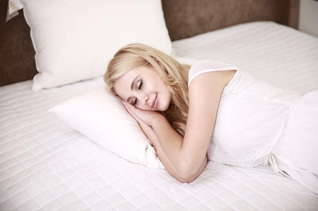 Le sommeil mérite une attention très particulière qui peut être soutenu par la sophrologie